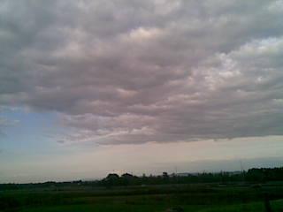 秋の雲らしく